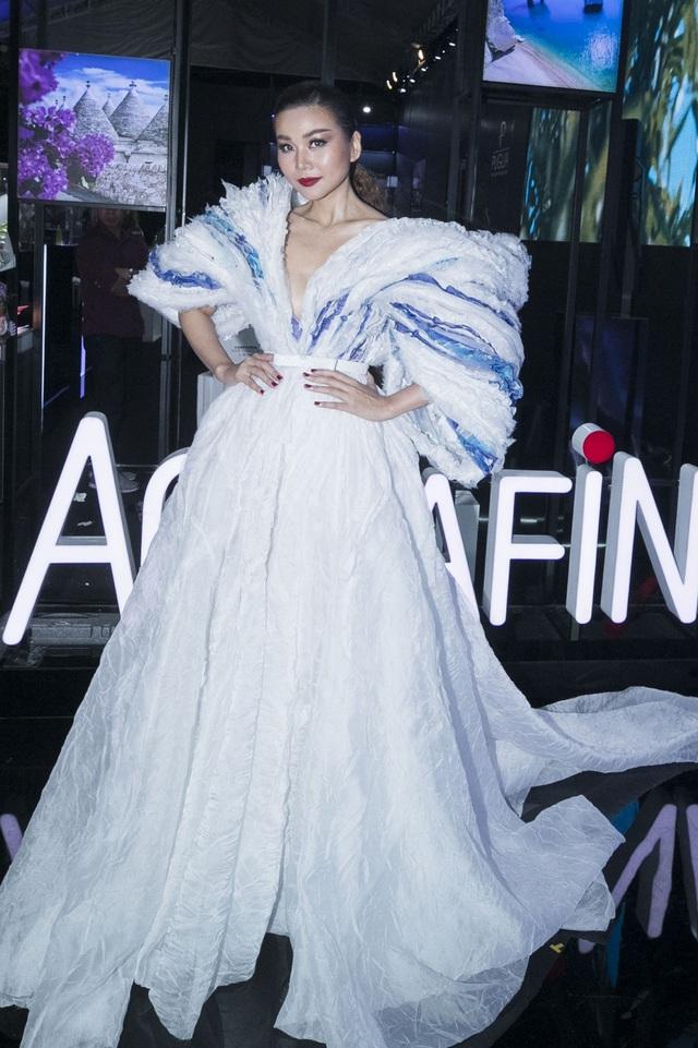 Aquafina-fashion-show